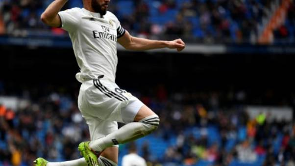 Espagne: le capitaine Benzema sauve le Real contre Eibar