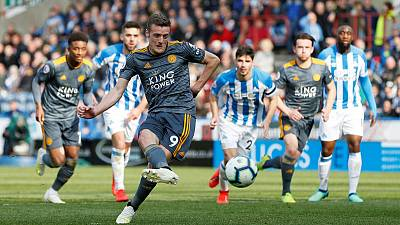 Vardy double gives Leicester comfortable 4-1 win at Huddersfield