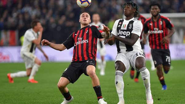 Kean strikes again to give Juve late win over Milan