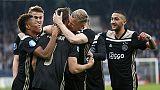 L'Ajax ne fa 4 e ritrova il primato