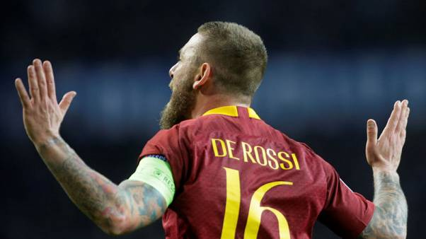 De Rossi puts Roma back in hunt for Champions League place