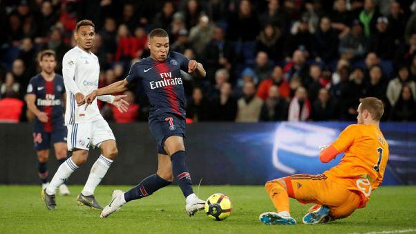 ستراسبورج يوقف تتويج باريس سان جيرمان بلقب الدوري الفرنسي
