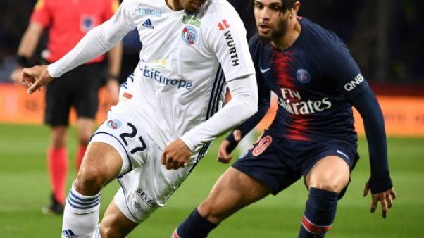 Match pour le titre en L1: Strasbourg mène 2 à 1 contre le PSG à la pause