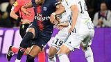 Ligue 1: le PSG, neutralisé par Strasbourg 2-2, devra attendre pour le titre