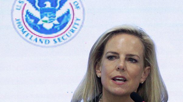 تقرير: توقع استقالة وزيرة الأمن الداخلي الأمريكية