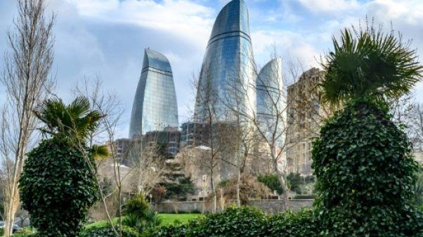 """Les """"Flame Towers"""" à Bakou, le 18 mars 2019"""