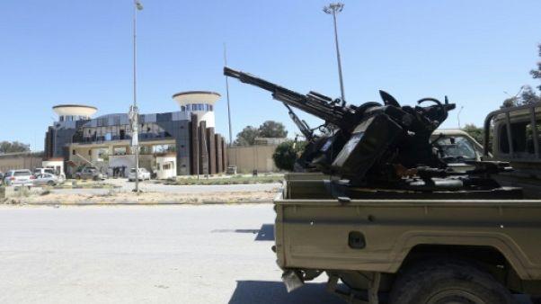 L'ONU reporte une conférence interlibyenne en raison des violents combats
