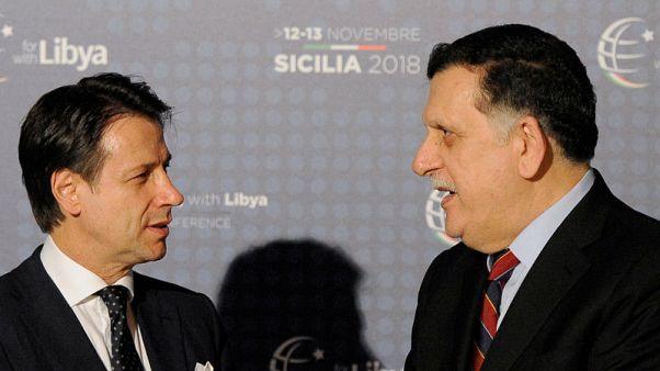 رئيس الوزراء الليبي في طرابلس يتلقى مكالمة هاتفية رئيس وزراء إيطاليا