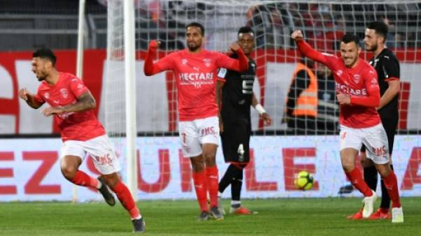 Ligue 1: Rennes s'incline par K.O. à Nîmes