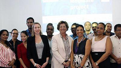 Lutte contre les médicaments falsifiés - le projet MEDISAFE aux Seychelles