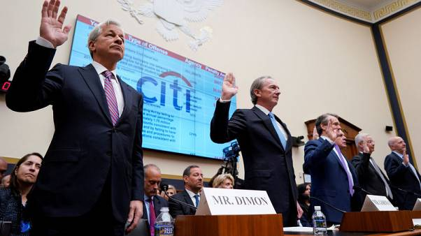 U.S. lawmakers grill bank CEOs on social issues