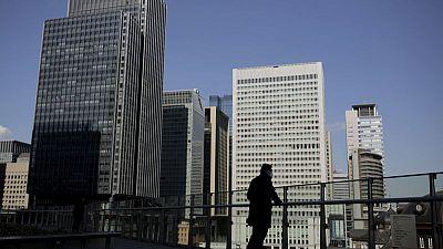 In hunt for yield, Japan's banks snap up leveraged U.S. debt