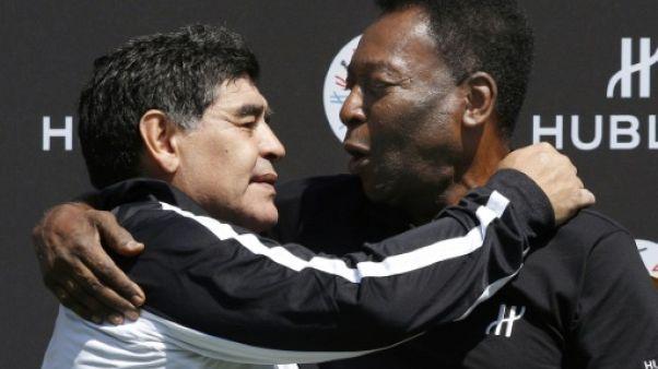 """Maradona souhaite à Péle un """"prompt rétablissement"""""""