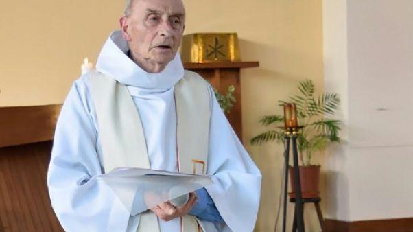 Dépôt du dossier de béatification du père Hamel, assassiné par des jihadistes