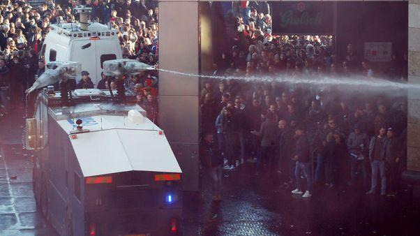 اعتقال أكثر من 100 مشجع في امستردام قبل مواجهة في دوري الأبطال