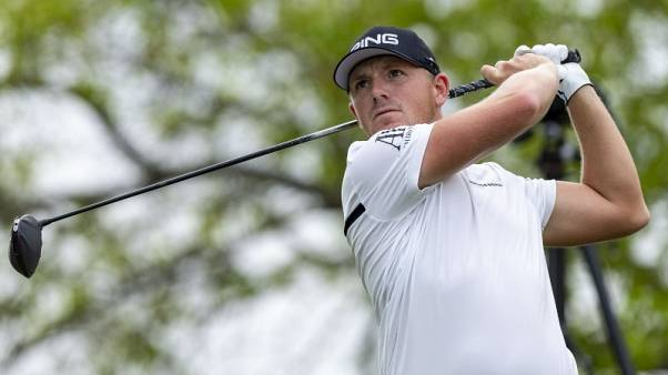 Golf - Par-3 winner Wallace topples old guard, sinks hole-in-one