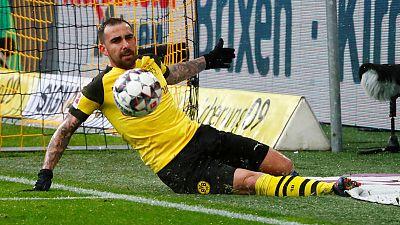 Alcacer back fit as Dortmund prepare for fightback