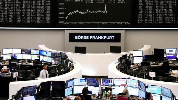 أسهم أوروبا تنخفض صباحا بفعل مخاوف النمو