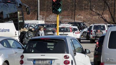 Chiuso tratto Colombo, caos a Roma