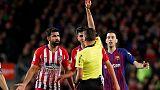 إيقاف دييجو كوستا ثماني مباريات لإهانته حكم مباراة برشلونة