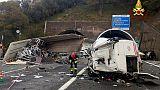 Urto tra Tir e Bisarca su A12, due morti
