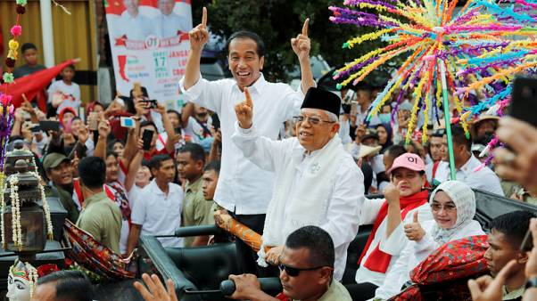 """Beam me up"": Indonesian president uses holograms to woo rural voters"