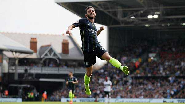 Guardiola to make late decision on Silva for Palace trip