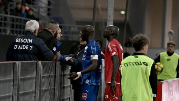Ligue 1: Dijon-Amiens interrompu quelques minutes après des cris racistes
