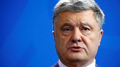 Defiant Poroshenko - Ukraine's voters will choose substance over style in election