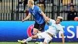 لايبزيج يقترب من دوري الأبطال بفوز 2-صفر على فولفسبورج