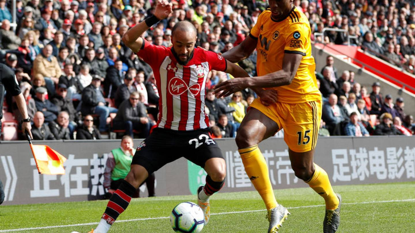 Redmond Double Helps Southampton Beat Timid Wolves 3 1