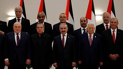 New Palestinian government sworn in amid factional tensions