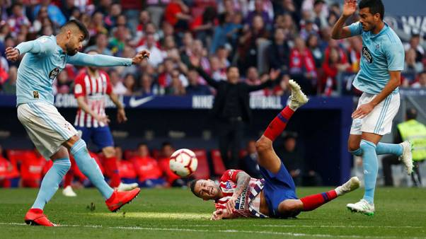Makeshift Barca draw with basement club Huesca