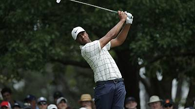 Sure-footed Finau makes charge up Masters leaderboard