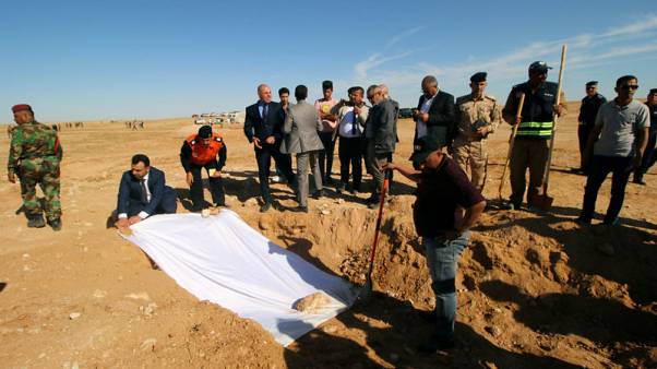 Iraq unearths mass grave of Kurds killed by Saddam