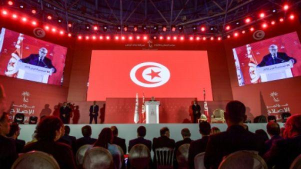 Tunisie: les divisions se creusent au sein du parti du président