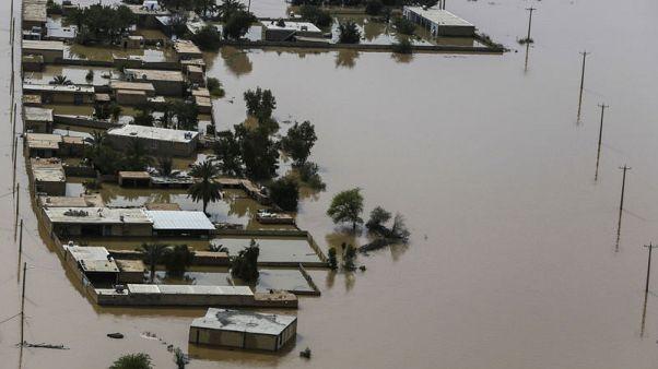 إيران تتكبد خسائر بنحو 2.5 مليار دولار بسبب السيول