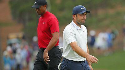 Woods and Molinari set for back-nine Masters showdown