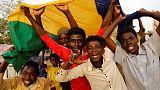 المجلس العسكري السوداني يحيل وزير الدفاع للتقاعد ويعين مديرا جديدا للمخابرات