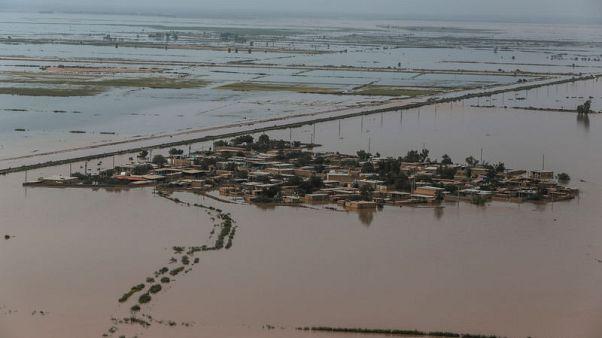 خامنئي يوافق على تخصيص تمويل من صندوق الثروة السيادي لإغاثة ضحايا السيول