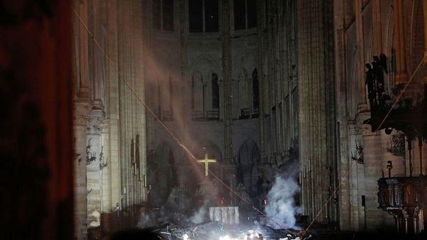 وزير فرنسي: التحقيقات مستمرة لمعرفة سبب حريق كاتدرائية نوتردام