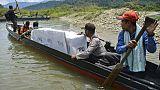 Avions, bateaux et éléphants: le défi logistique des élections en Indonésie