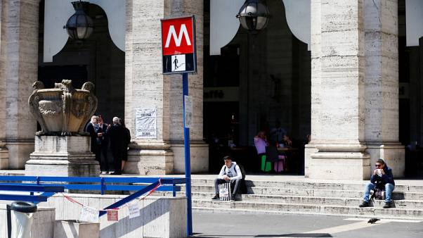 Rome metro breakdown adds woes to troubled Italian capital