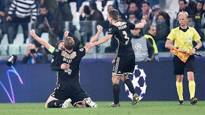 Ajax si allena al 'Grande Torino'
