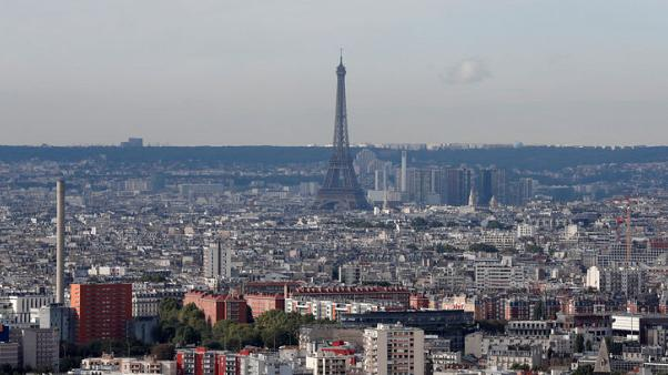 Paris region opens bus system to competition