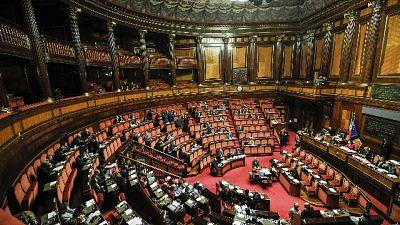 Def: ok Senato a mozione maggioranza