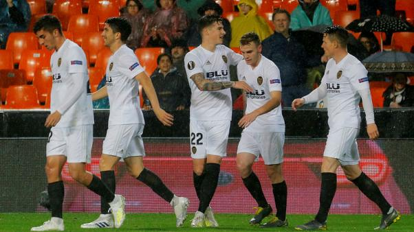 Valencia stroll into last four with 2-0 Villarreal win