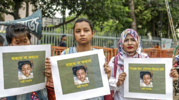 Bangladesh: une femme brûlée vive sur ordre du directeur de son école