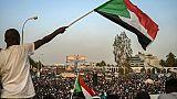 Soudan: les chefs de la contestation veulent former une autorité civile