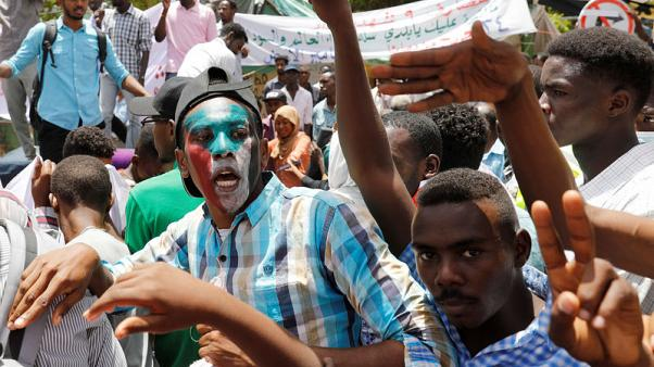 Sudanese authorities arrest members of Bashir's party - source